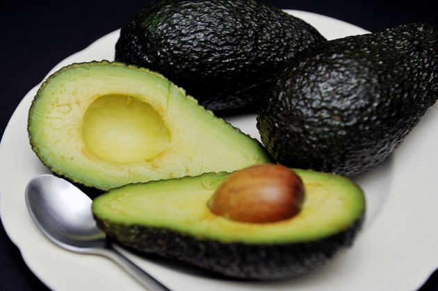 Sneaky Shoppers 'Use Carrots To Swipe Avocados In Self-Service