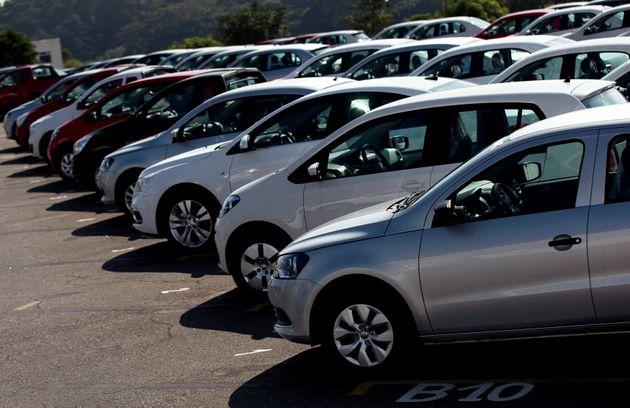 La douane appelle les propriétaires des véhicules immatriculés RS à régulariser leurs situations avant...