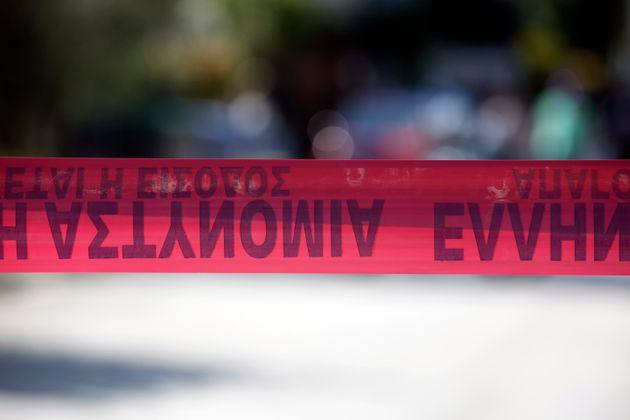 Σκότωσε μέσα στην Ευελπίδων τον κατηγορούμενο για τη δολοφονία του παιδιού της. Ποια η ποινή που της