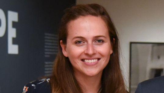 Το περίπλοκο επάγγελμα του επιμελητή εκθέσεων: Συζητώντας με την Κατερίνα Σταθοπούλου του Νεοϋορκέζικου