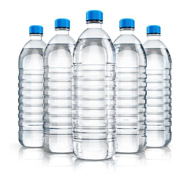 Νέους κανόνες κατά των πλαστικών προτείνει η