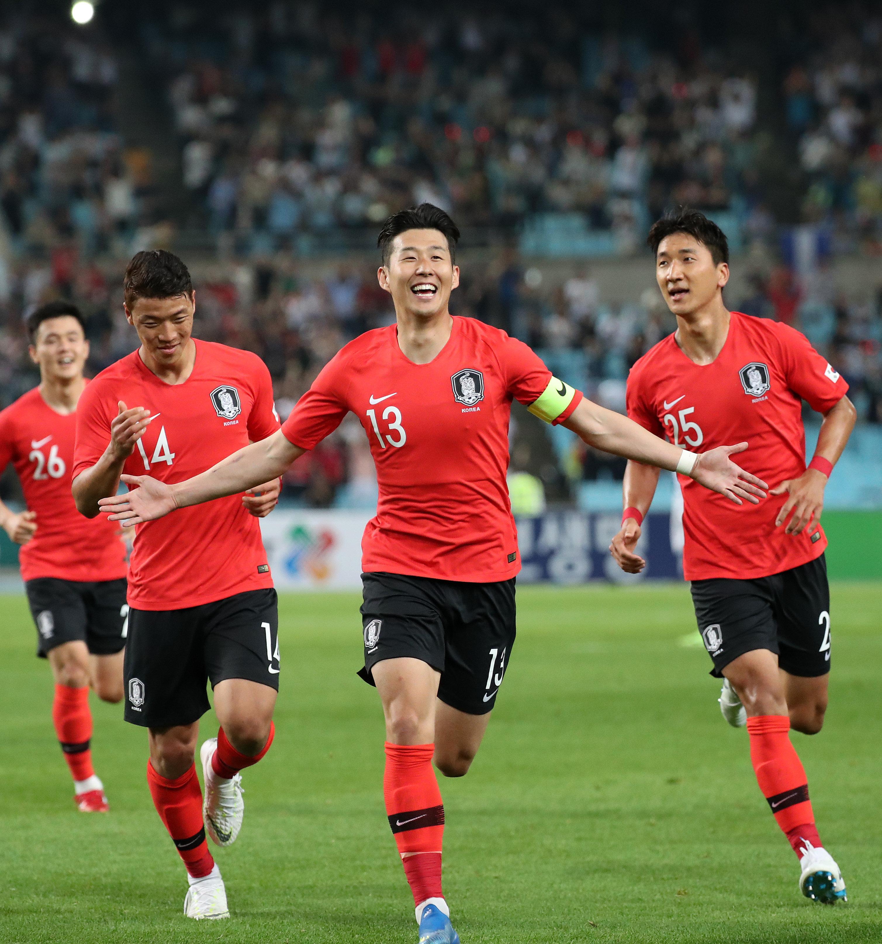 한국이 첫 평가전에서 온두라스를 완파했다