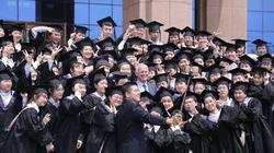 Πόσοι Κινέζοι βγάζουν selfie με τον