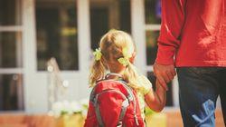 «Ανοίξτε την αγκαλιά σας για να βγουν τα παιδιά από τα ιδρύματα». Το βίντεο της κυβέρνησης για την αναδοχή και η ανάρτηση