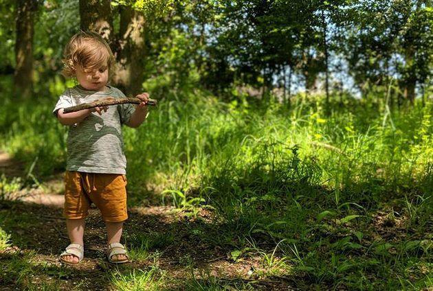 DadStephen Skinner's son Atlas enjoying the outsidediscovering woodland