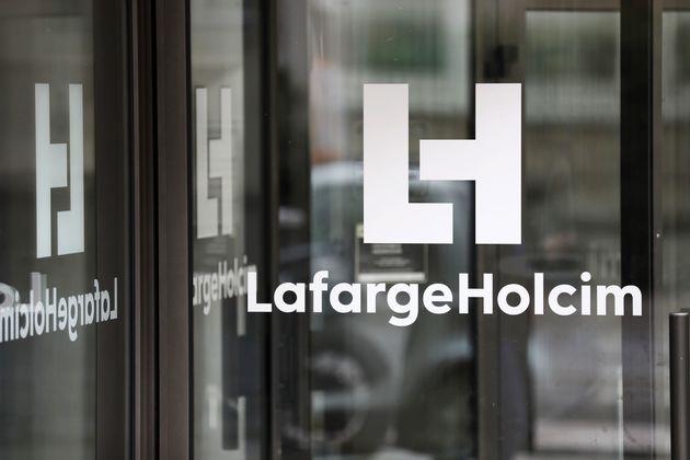 LafargeHolcim Algérie exporte 17.000 tonnes de ciment gris vers l'Afrique de