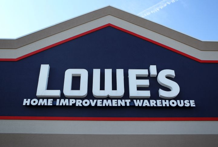 Lowe's Is Making Managers Sign Arbitration Agreements If They Want
