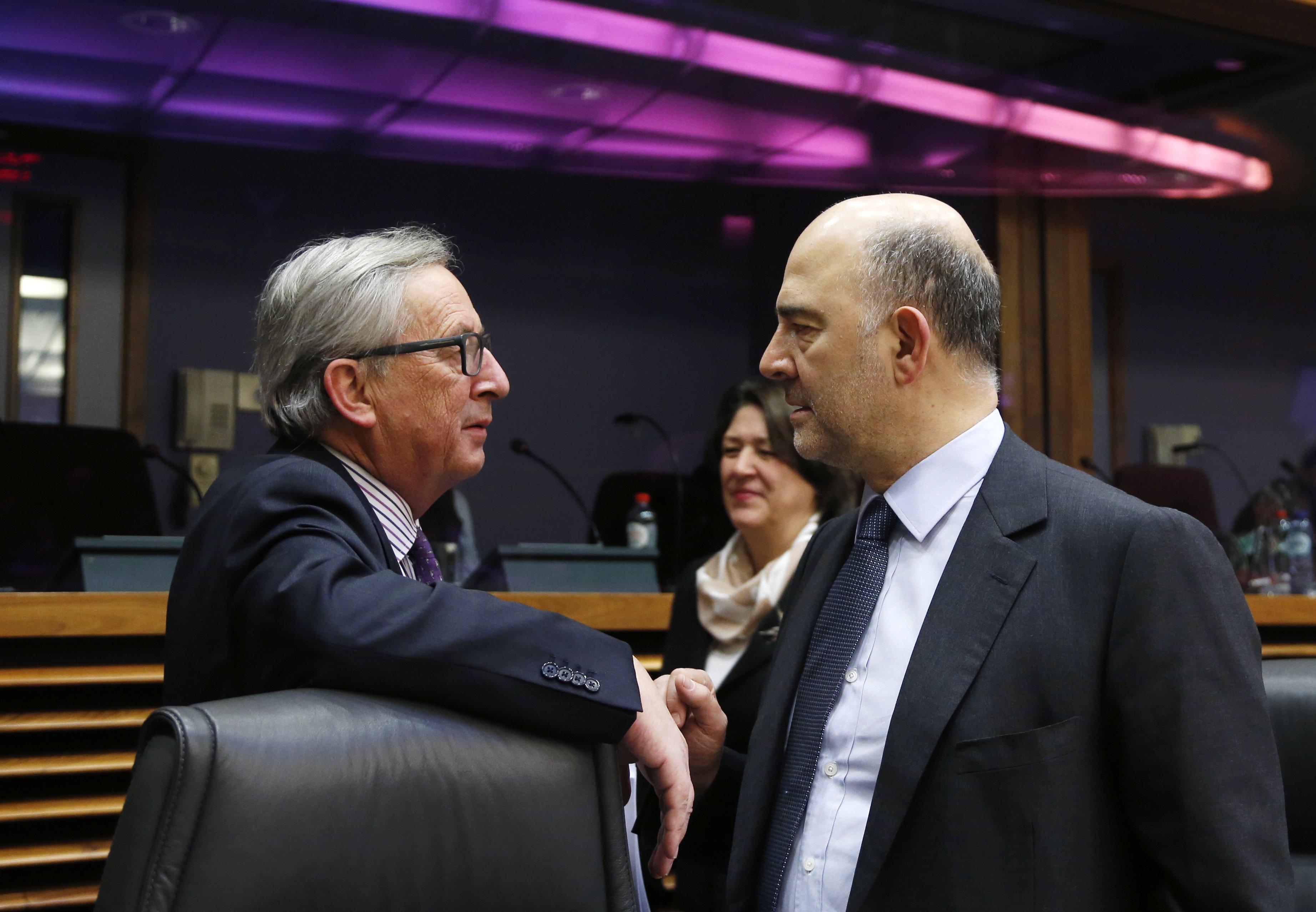 «Η Ιταλία χαίρει σεβασμού». Γιούνκερ και Μοσκοβισί προσπαθούν να κατευνάσουν την οργή μετά τη δήλωση