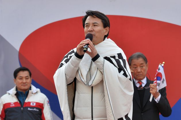 김진태 의원이 변희재 구속에