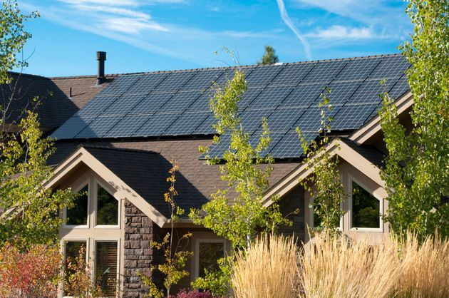 Google Solar Roof >> Is Your Roof Sunny Enough For Solar Panels Google Will Tell You