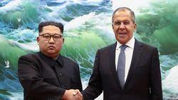 Στη Βόρεια Κορέα ο Λαβρόφ ενώ ο Πομπέο συναντάται στη Νέα Υόρκη με το στενότερο συνεργάτη του Κιμ Γιονγκ