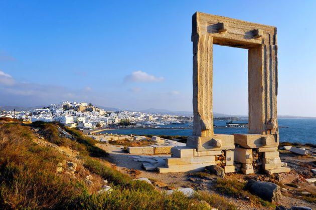 Νάξος: Δώδεκα πιθανές θέσεις αρχαιολογικού ενδιαφέροντος έξω και μέσα στη θαλάσσια