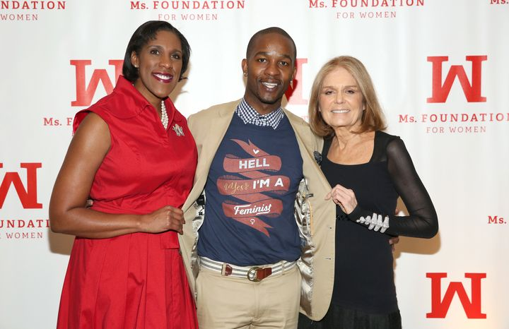 Davis with feminist icon Gloria Steinem (R) and president of the Ms. Foundation Teresa C. Younger (L) at the Gloria Awards on
