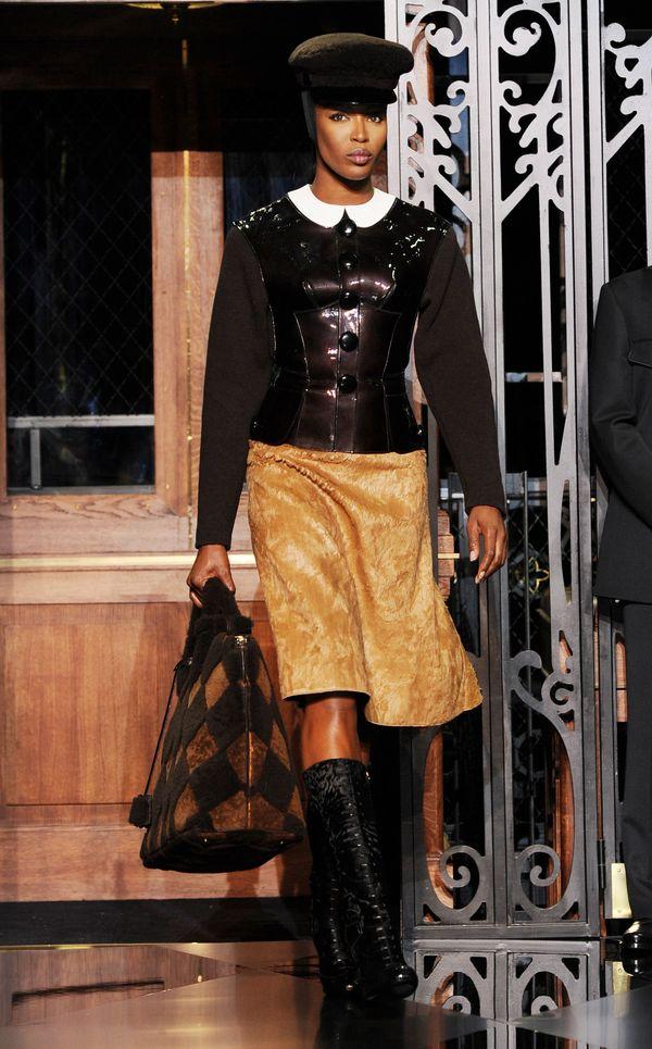 Walkingthe runway for the Louis Vuitton ready-to-wear show during Paris Fashion Week.