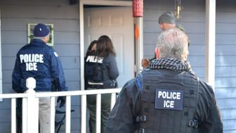 U.S. Immigration and Customs Enforcement (ICE) officers conduct a targeted enforcement operation in Atlanta, Georgia, U.S. on February 9, 2017. Picture taken on February 9, 2017.   Courtesy Bryan Cox/U.S. Immigration and Customs Enforcement via REUTERS      ATTENTION EDITORS - THIS IMAGE WAS PROVIDED BY A THIRD PARTY. EDITORIAL USE ONLY.