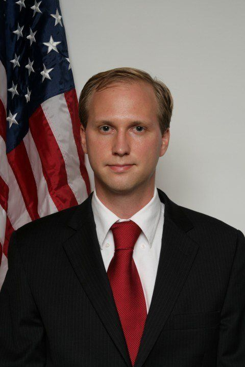 Nathan Larson is running for Congress as an independent in Virginia. In an interview with HuffPost, he...