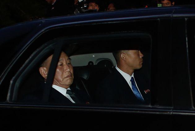 북한 외교관들이 남측 취재진에 '농담'을