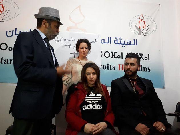 Un couple de chrétiens marocains se marie au siège d'une association à