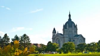 Minnesota, Saint Paul, Minnesota History Center, Cathedral of Saint Paul. (Photo by: Education Images/UIG via Getty Images)