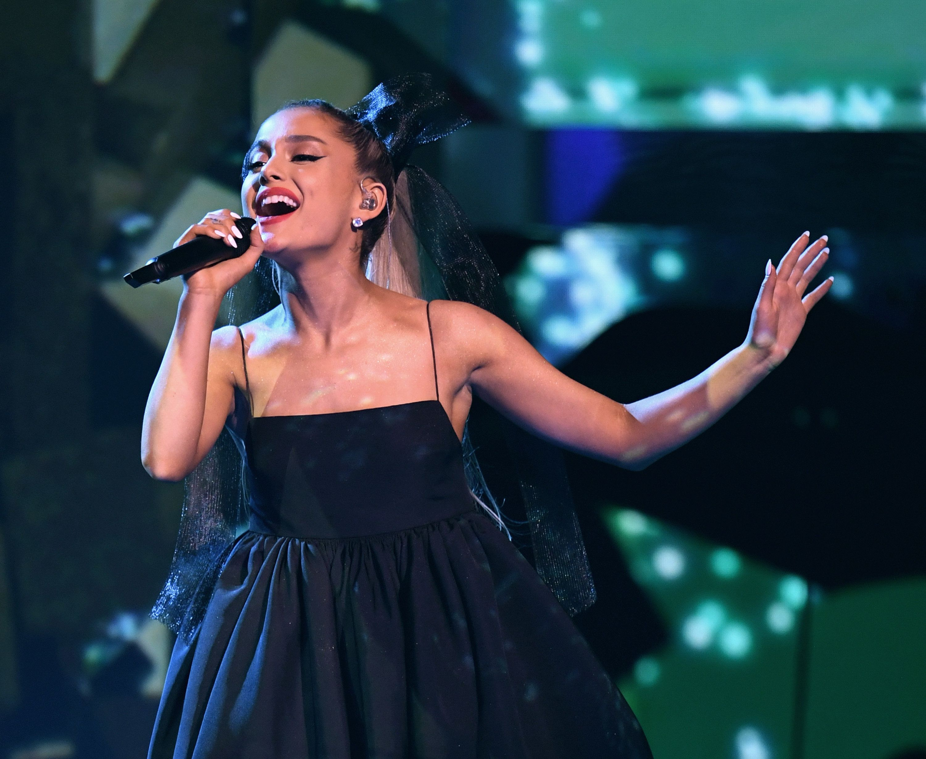 LAS VEGAS, NV - MAY 20:  Singer Ariana Grande performs at the 2018 Billboard Music Awards at the MGM Grand Garden Arena on May 20, 2018 in Las Vegas, Nevada.  (Photo by Kevin Winter/Getty Images)