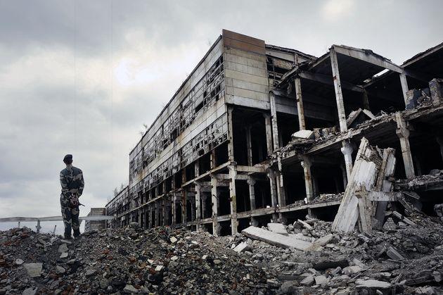 Toυλάχιστον 12 νεκροί από βομβαρδισμό στη