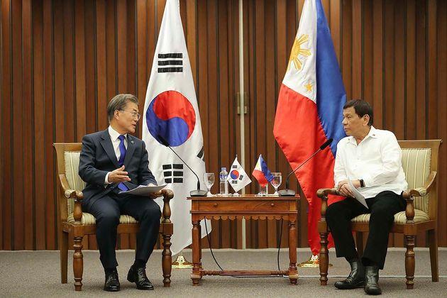 두테르테 필리핀 대통령이 내일(4일) 문재인 대통령과
