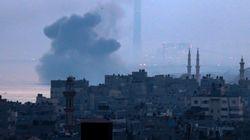 Israël riposte aux tirs du Hamas et attaque une douzaine de sites