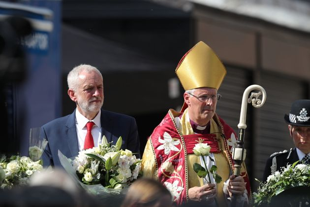 Labour leader Jeremy Corbyn and Bishop of Southwark Christopher Chessun ahead of a minute's