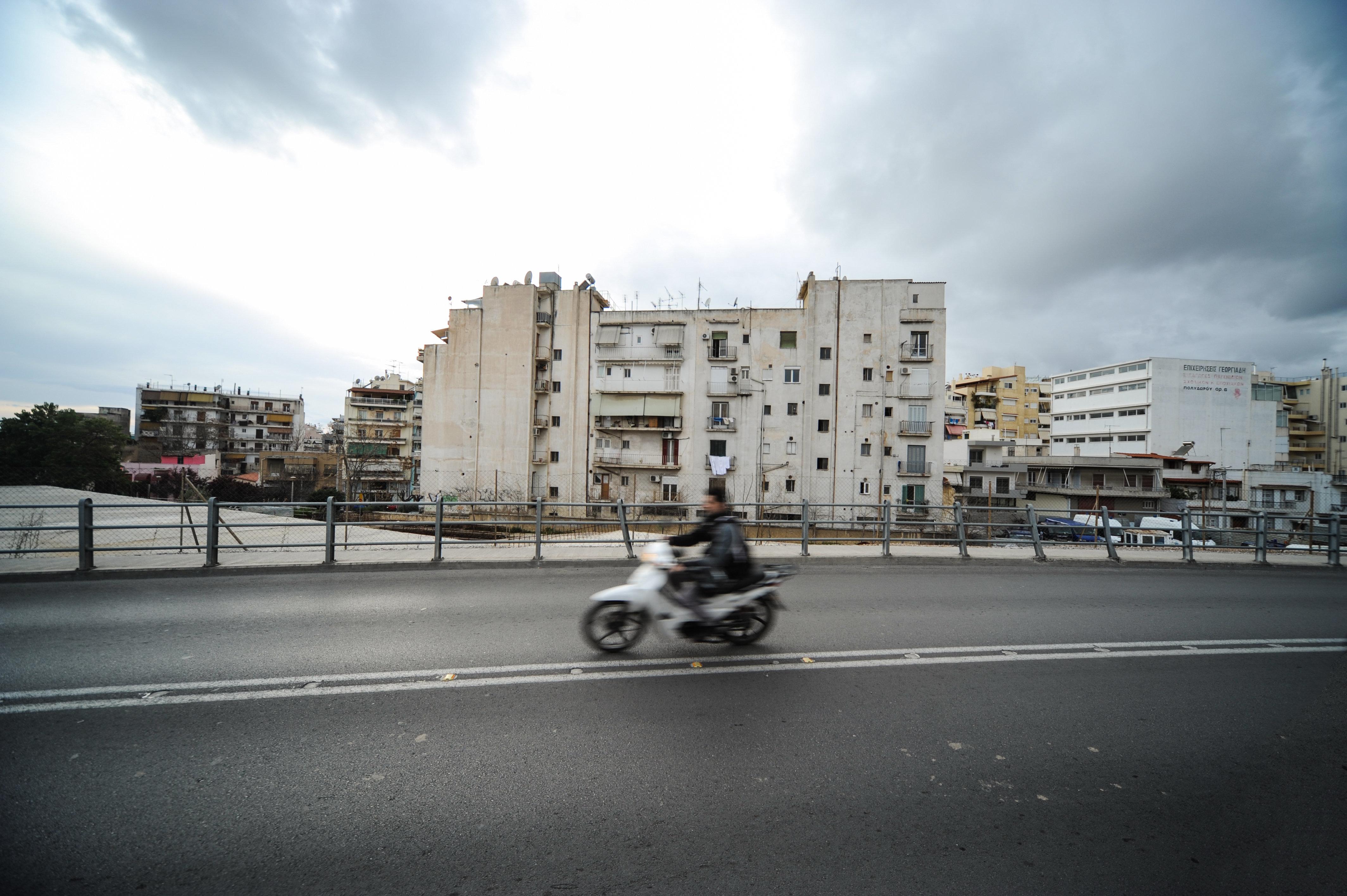 Μοτοσικλετιστής έχασε τη ζωή του στη Θεσσαλονίκη πιθανότατα μετά από πτώση
