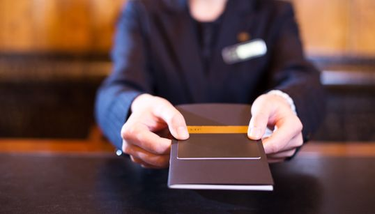 Reasons A Hotel's Concierge Is Your Secret Weapon On A Business