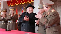 O Κιμ απέλυσε τρεις κορυφαίους στρατιωτικούς ενόψει της συνάντησης με τον