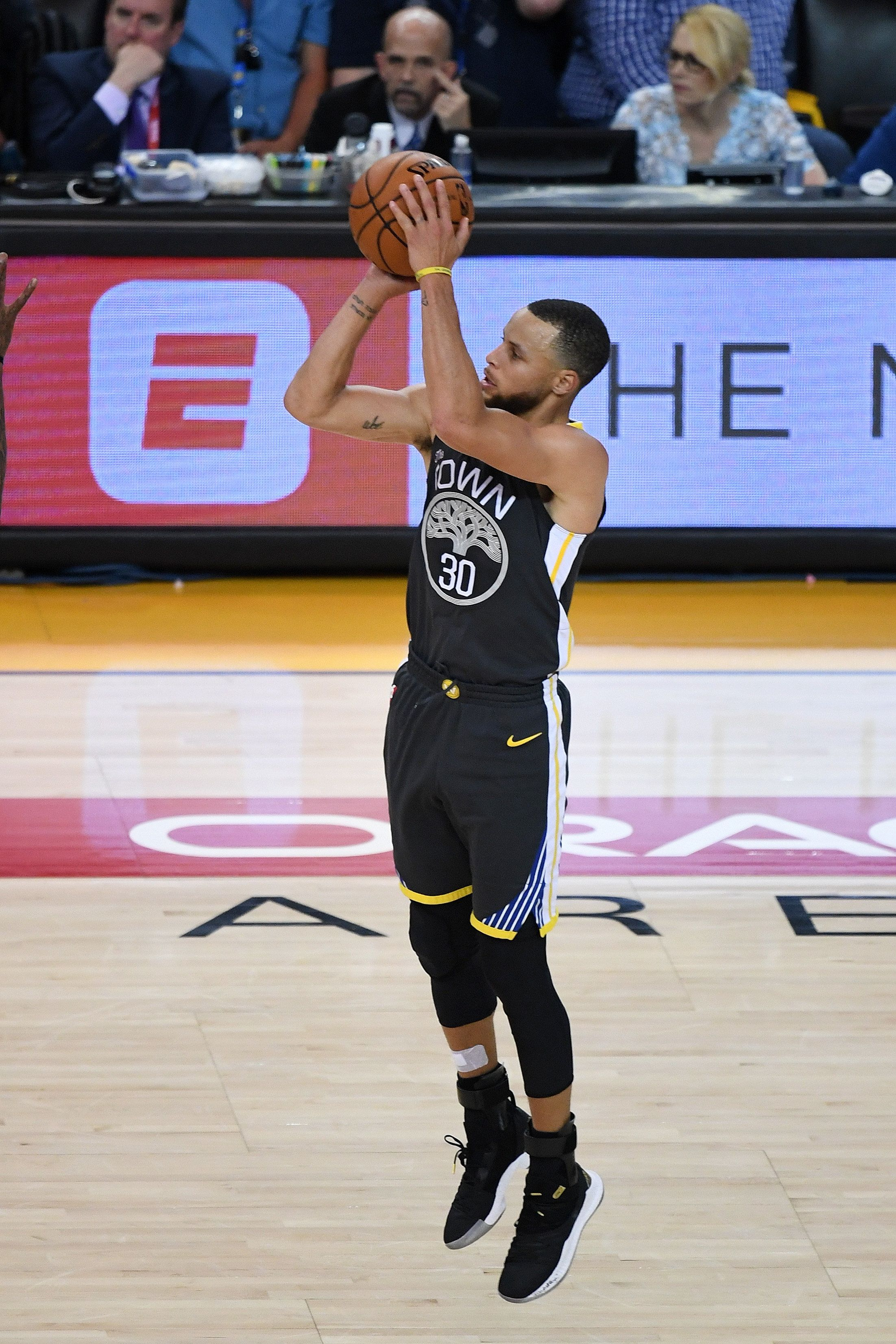 OAKLAND, CA - JUNE 03:  Stephen Curry #30 of the Golden State Warriors shoots for three against the Cleveland Cavaliers in Game 2 of the 2018 NBA Finals at ORACLE Arena on June 3, 2018 in Oakland, California. NOTE TO USER: User expressly acknowledges and agrees that, by downloading and or using this photograph, User is consenting to the terms and conditions of the Getty Images License Agreement.  (Photo by Thearon W. Henderson/Getty Images)