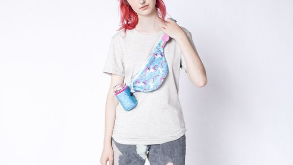 "$25, get it <a href=""https://www.wildfang.com/unicorn-fanny-pack121336.html"" target=""_blank"">here</a>.&nbsp;"