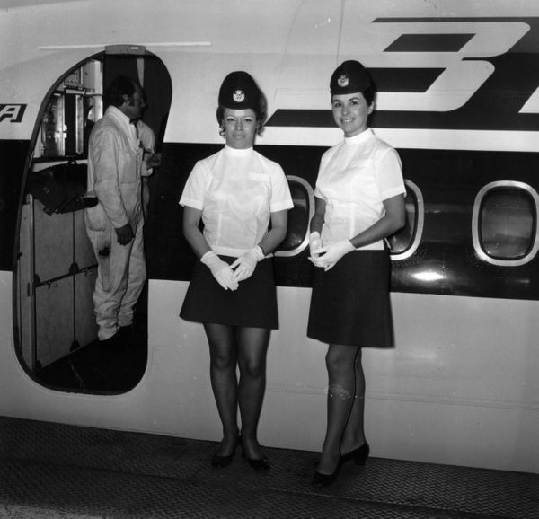 Air hostesses just before welcoming passengers in 1971.