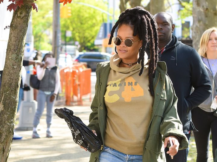 "Rihanna seen filming ""Ocean's Eight"" in 2016."