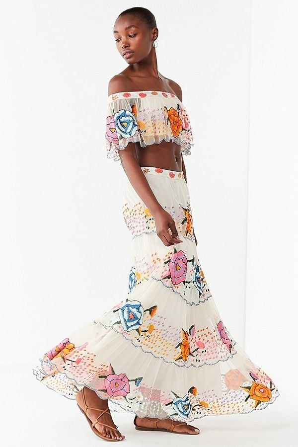"""Get the matching set <a href=""""https://www.urbanoutfitters.com/shop/uo-embroidered-maxi-skirt?category=two-piece-dress-sets&am"""
