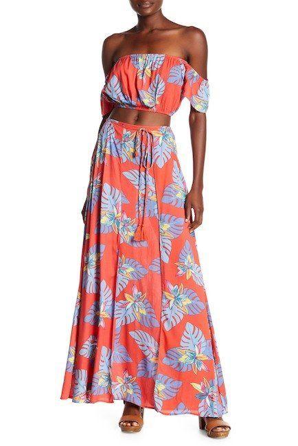 "Get the matching set <a href=""https://www.nordstromrack.com/shop/product/2420295/aakaa-tropical-print-top-skirt-2-piece-set?c"