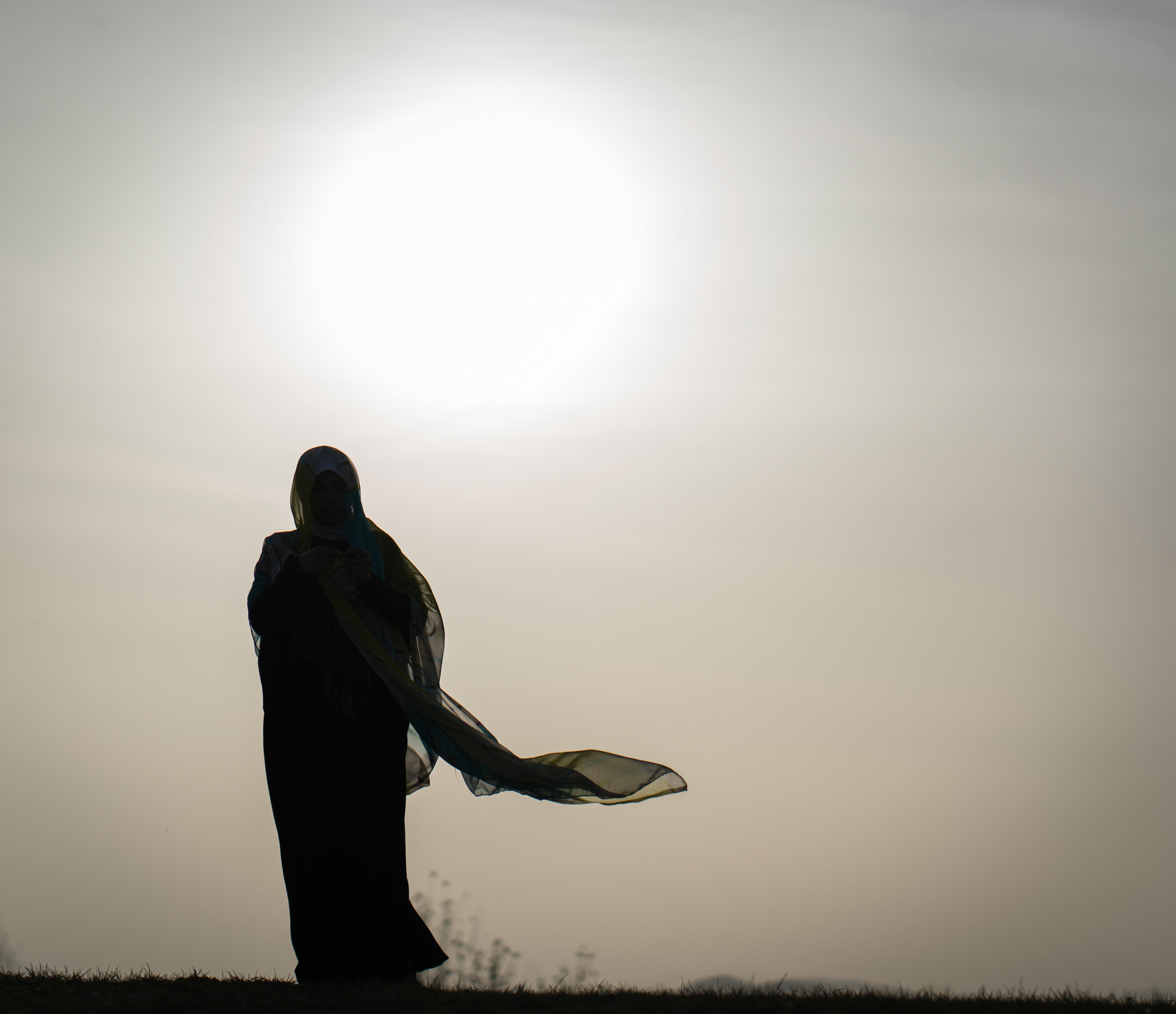 Περίοδος και Ραμαζάνι: Όταν οι γυναίκες κρύβονται για να φάνε και να πιουν