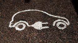 Η στροφή προς τα ηλεκτρικά αυτοκίνητα απειλεί 75.000 θέσεις εργασίας στη