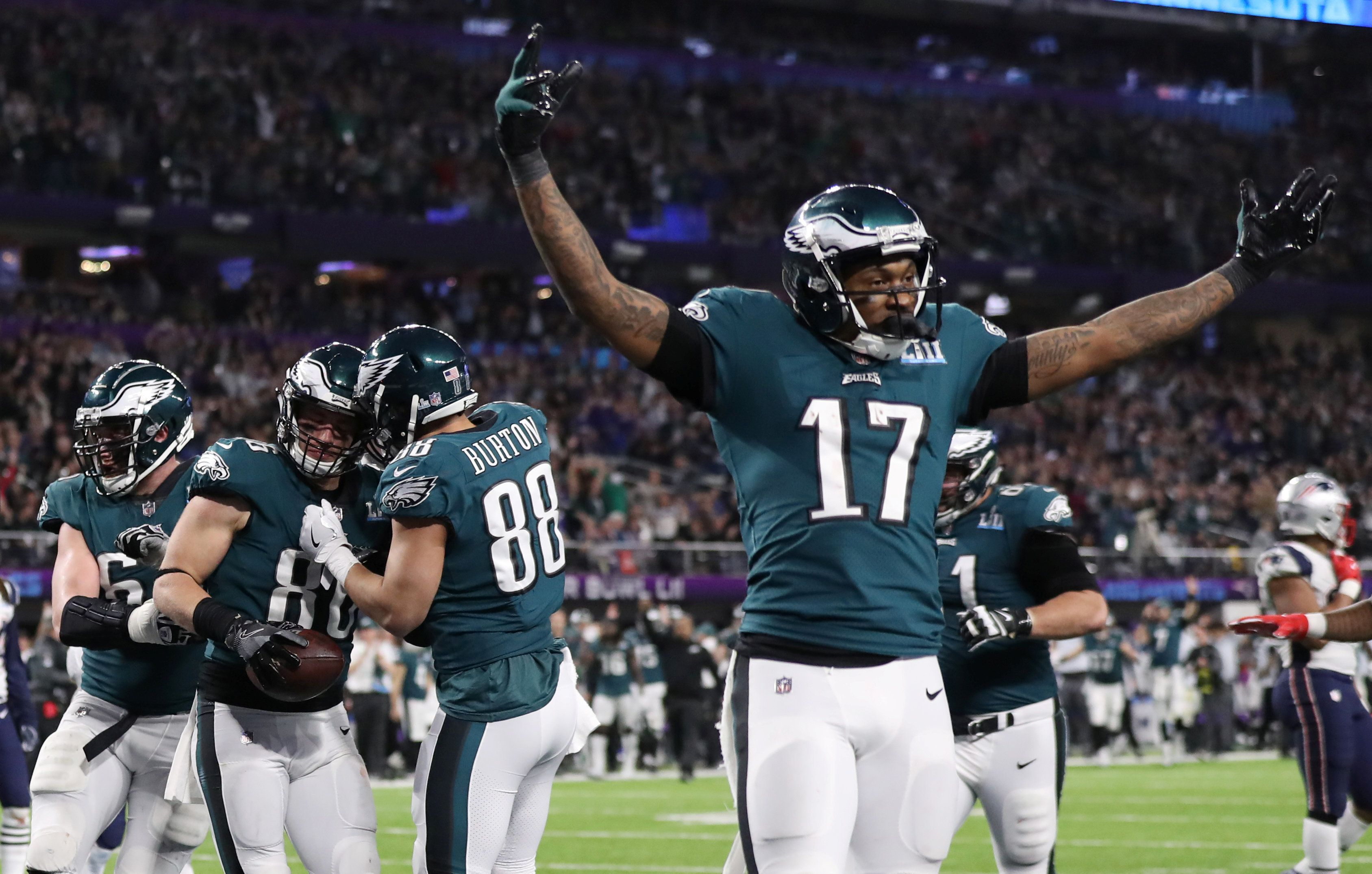 NFL Football - Philadelphia Eagles v New England Patriots - Super Bowl LII - U.S. Bank Stadium, Minneapolis, Minnesota, U.S. - February 4, 2018. Philadelphia Eagles' Zach Ertz celebrates scoring a touchdown with team mates. REUTERS/Chris Wattie     TPX IMAGES OF THE DAY