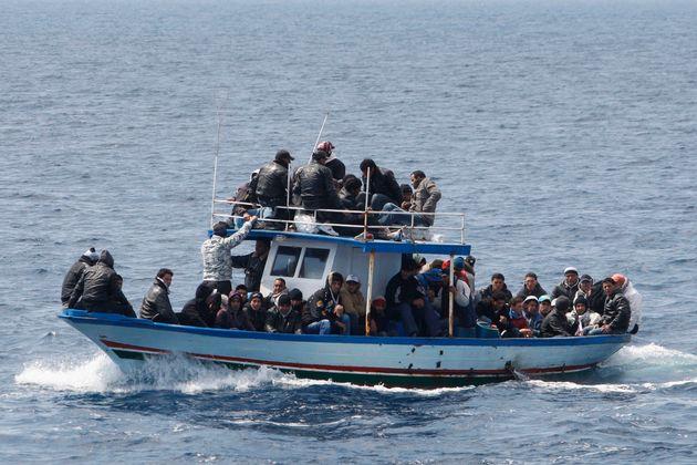 L'immigration entre rêve et désillusion: Contre une politique de