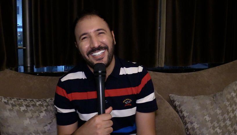 L'humoriste Eko joue ses dernières dates au Maroc avant de repartir en tournée à l'international