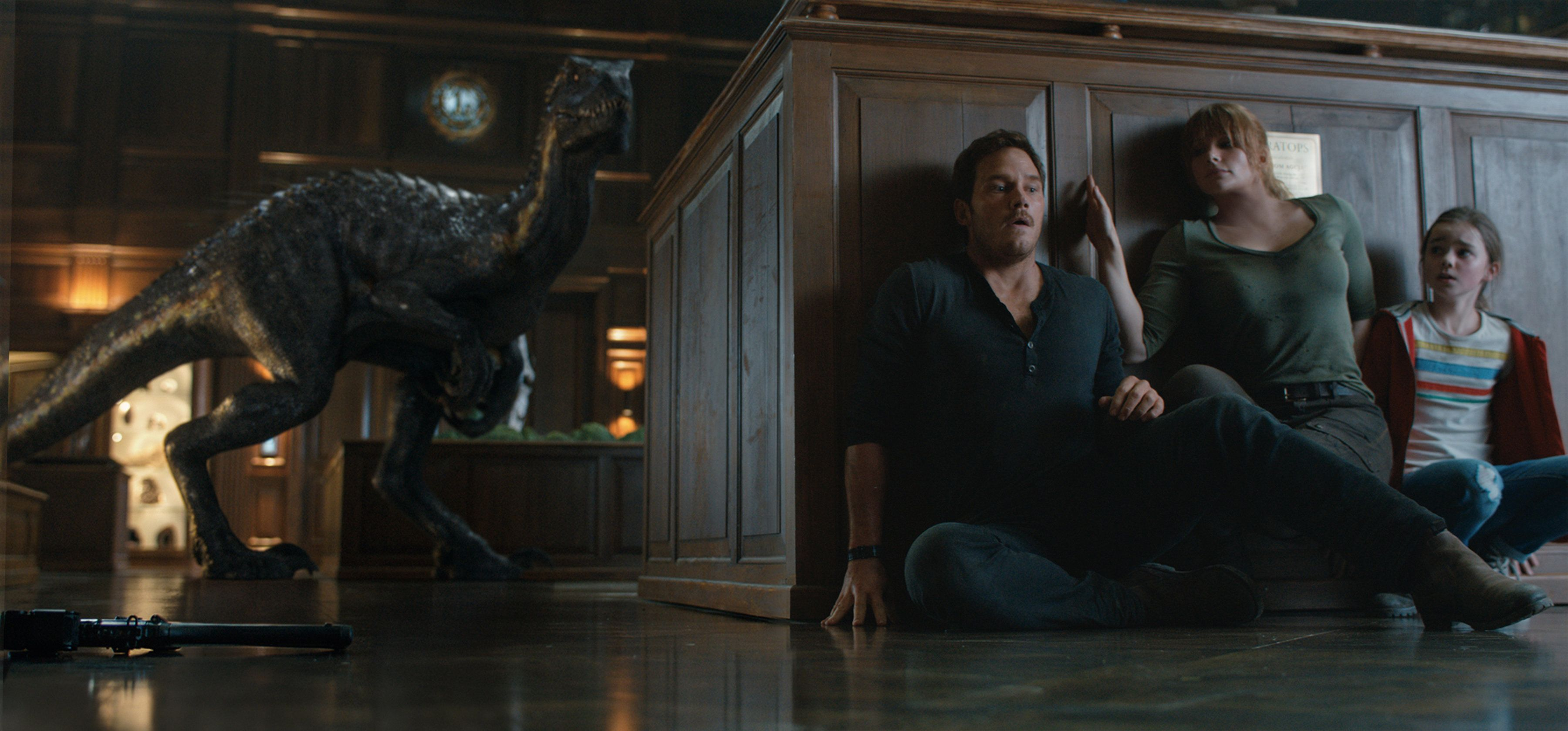 Chris Pratt, Bryce Dallas Howard and Isabella Sermon vs. a new dinosaur called an indoraptor.