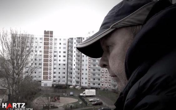 """""""Wieder jemand"""": Hartz-IV-Empfänger stirbt einsam in seiner Wohnung – die Nachbarn klagen an"""