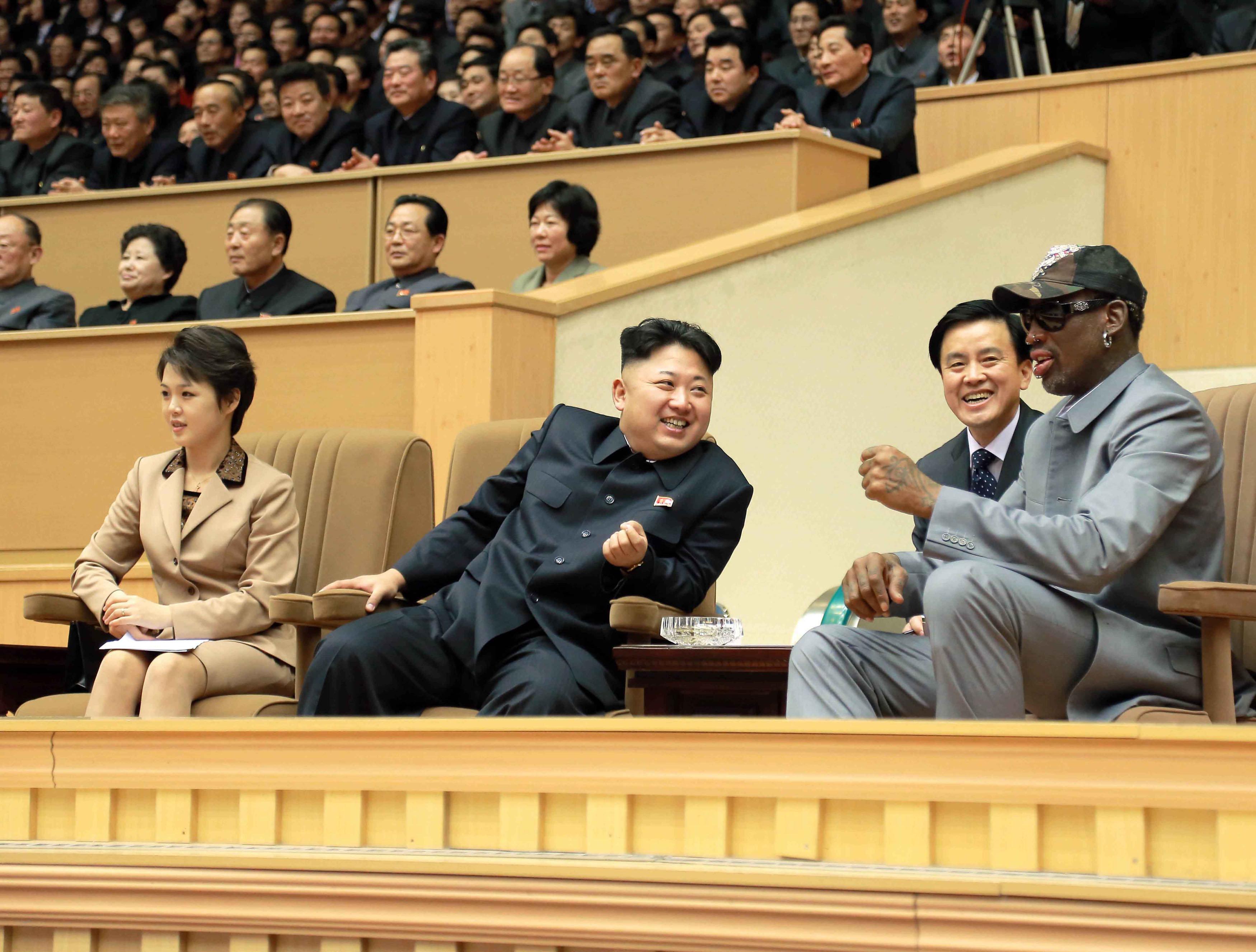 김정은 '평생 친구' 데니스 로드먼도 싱가포르 간다는 보도가 나왔다