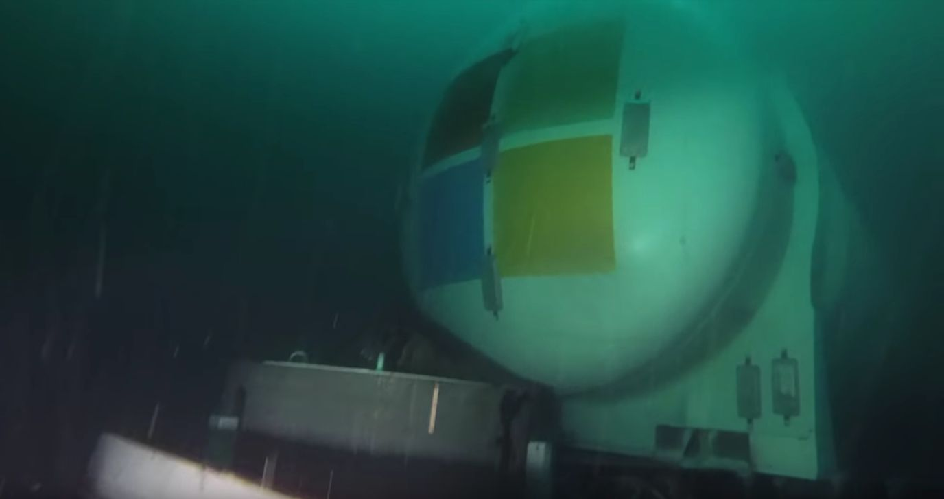 Microsoft Has Dropped A Data Centre At The Bottom Of The Ocean - Here's