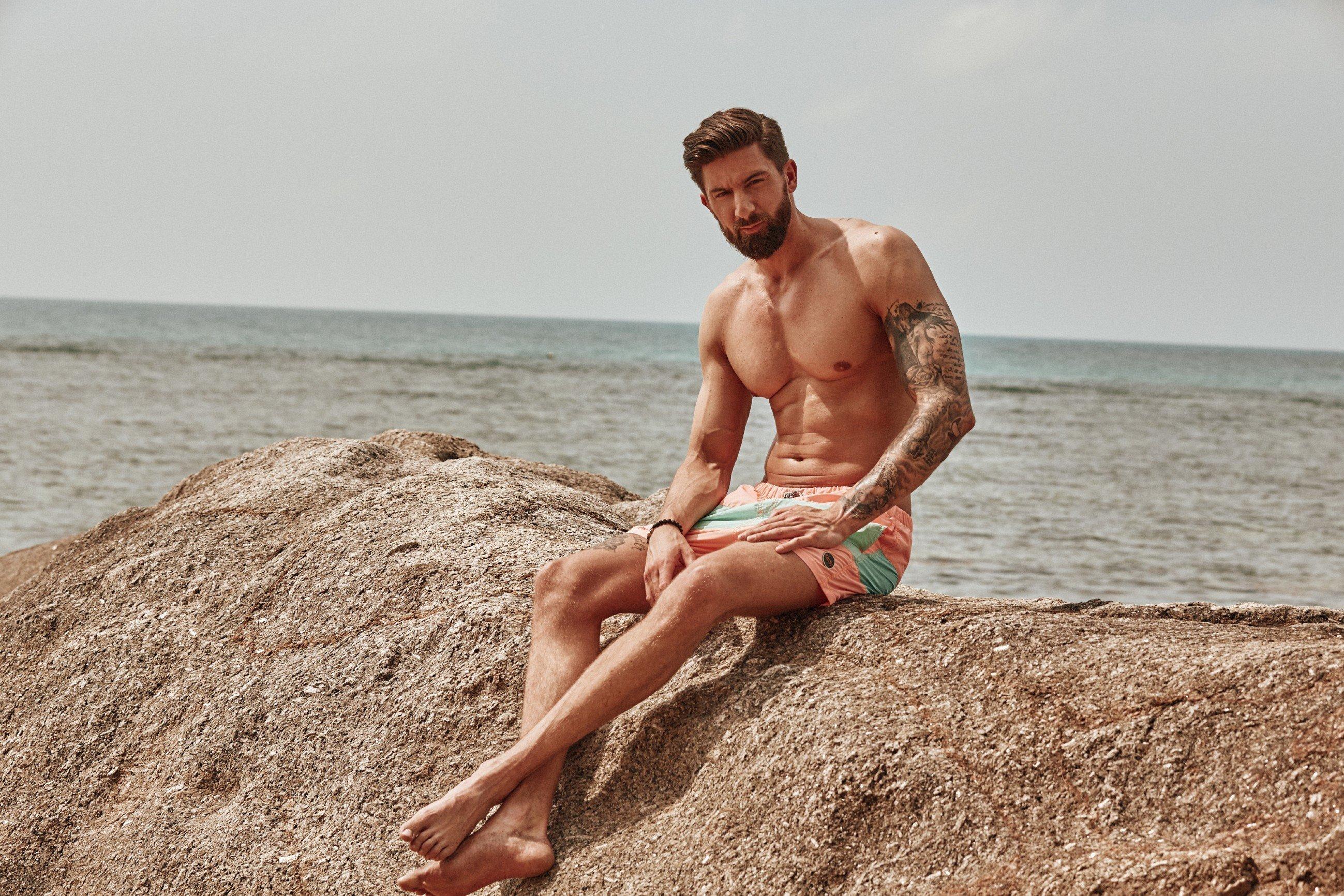 """""""Bachelor in Paradise"""": Sebastian droht der Rausschmiss – wegen eines Gerüchts"""