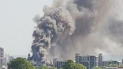 Rauchwolken über London: Feuerwehr kämpft gegen Großbrand in