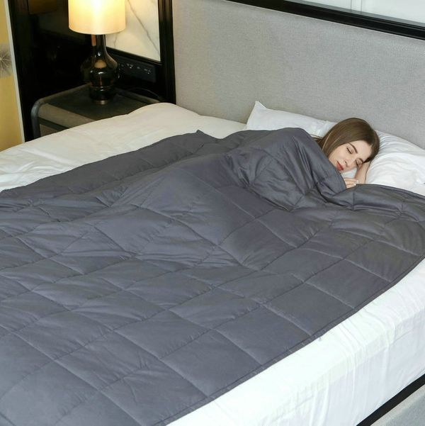 <strong>Size</strong>: 7 lbs to 25 lbs<br><strong>Price</strong>: $85<br><br>This weighted blanket comes in a variety of weig