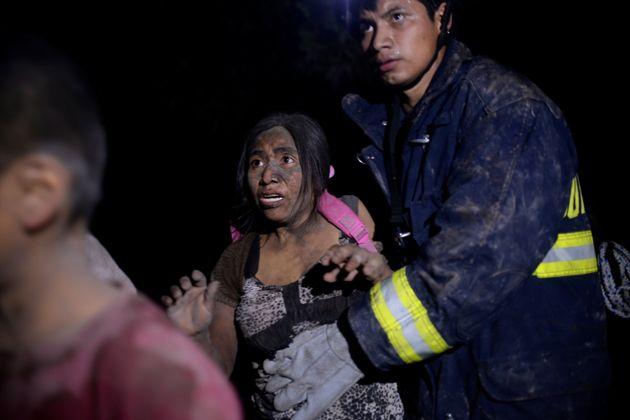 과테말라 화산 피해로 사망자가 100명에